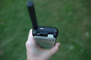 thuraya satsleeve satellite phone adaptor for iphone image 3