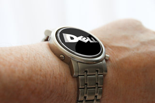 Dell looking to enter wearable computing market, to take on iWatch and Google Glass