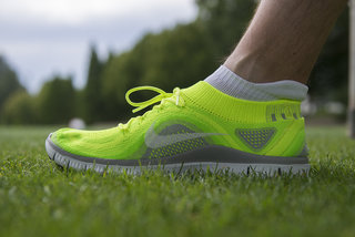 nike free flyknit vs nike free hyperfeel first run using nike s new running shoes image 2