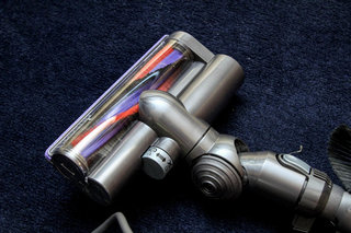 dyson dc49 multi floor vacuum cleaner review image 5