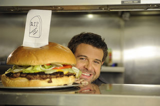 Lovefilm signs deal with Food Network, offers all-you-can-eat Man vs Food