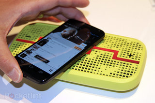 Moto X accessories pictures and hands-on