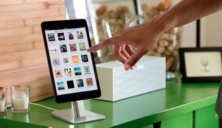 twelve south introduces stylish hirise iphone 5 and ipad mini stand image 2