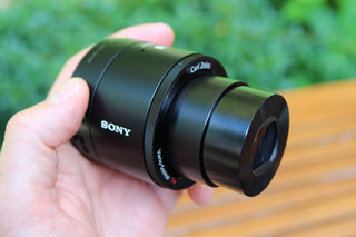 sony qx100 lens style camera hands on with the rx100 ii lens for your phone image 8