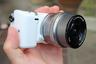 Sony NEX-5T hands-on: NFC comes to the NEX