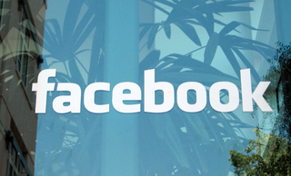Facebook announces shared photo albums - multiple people can contribute to one album