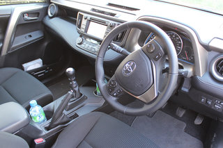 toyota rav4 icon 2 2 diesel 4x4 review image 8