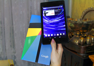 New Nexus 7 hits UK at last, now available from Google Play