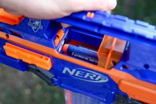 nerf rapidstrike cs 18 pictures and hands on image 8