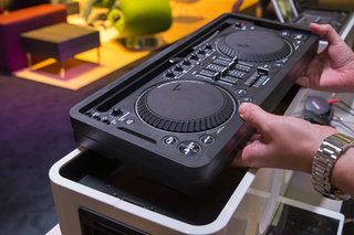 philips m1x dj sound system we go in the mix with the armin van buuren all in one image 5