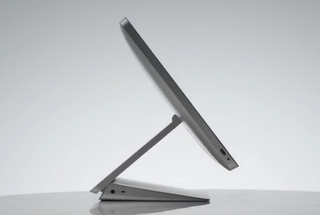 hp s envy recline is a 23 or 27 inch aio pc that lies down like a tablet image 3