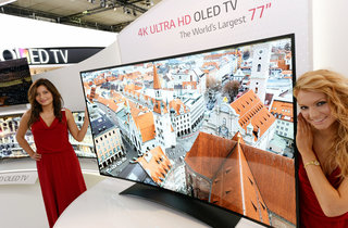 LG shows off curved 77-inch 4K Ultra HD OLED TV at IFA 2013