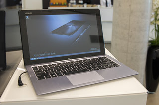 Asus Transformer Book T300 hands-on: Move over Surface, Asus wins at HD laptop-meets-tablet design