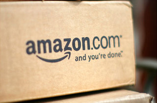 Amazon plans to change the status quo, could offer Kindle smartphone free