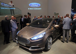 ford s max concept will measure your heart rate from the driver s seat image 2