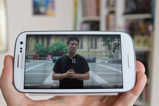 YouTube Mobile to allow downloads of videos on your smartphone or tablet (Update)