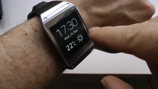 Samsung Galaxy Gear smartwatch hands-on video