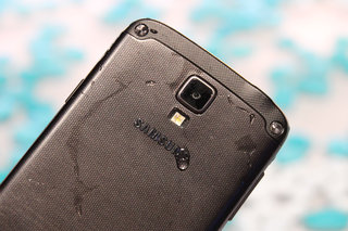Samsung planning waterproof Active versions of Note 3 and Galaxy S5?