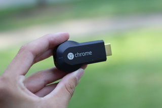 Chromecast now shipping to the UK, via Amazon