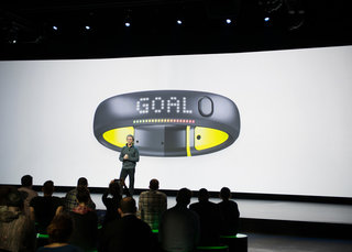 Nike unveils new water-resistant FuelBand SE in a bevy of colours: tracks cycling, rowing and running