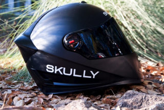 skully p1 helmet pioneers navigation and rear view hud with voice controls image 3