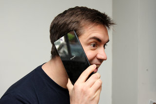 the things we do for tech just how stupid do you look with a phablet  image 4