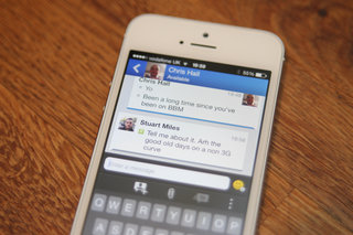 hands on bbm for iphone review image 2