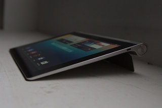 hands on lenovo yoga tablet review image 11