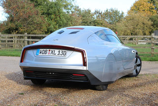 hands on volkswagen xl1 review image 5