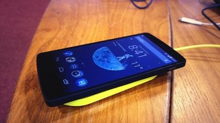 Nokia likes Android after all: Nexus 5 works with a Nokia wireless charging plate