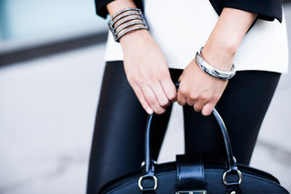 Memi smartbracelet brings style to wearable vibrating alerts from your phone