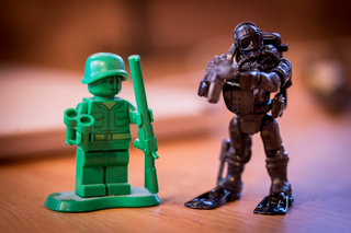 hands on mega bloks call of duty collector construction sets review image 18