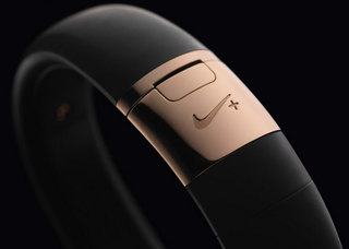 Nike+ FuelBand SE gold colour released to match your iPhone 5S in limited edition