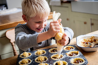 Get your kids cooking like Michelin star chefs with free Great British Chefs Kids Christmas iOS app