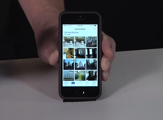 SkyDrive for iOS update finally adds camera backups