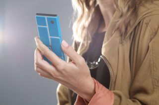 Motorola gives 3D Systems the go-ahead to build modular Ara phones in multiyear deal