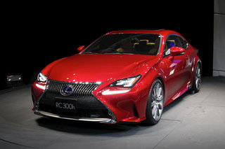 Lexus RC 300h pictures and hands-on