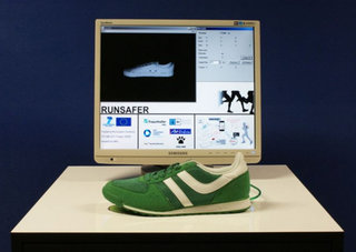 Runsafer smart shoes will learn how you run and guide you to a better style