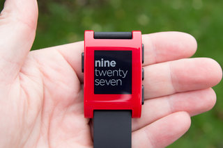 Pebble firmware update v1.14 adds snooze alarm and greater control over notifications