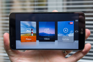 hands on lg g flex review image 15