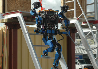 Super agile, Google-owned Ed-209-like robot called Schaft wins Darpa challenge
