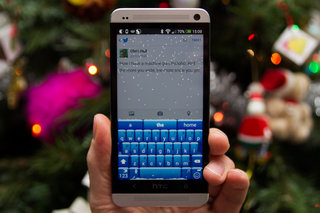 SwiftKey brings festive snow to your Android phone