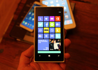 Facebook app for Windows Phone 8 update brings secondary Live Tiles for pinning chats and more