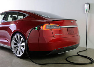 Tesla Model S software update brings more efficient charging