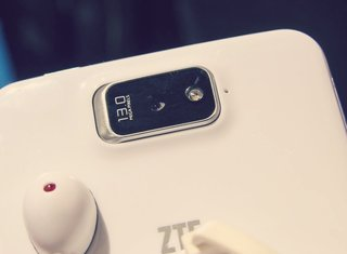 ZTE Android smartphones, smartwatch, phablet, and more revealed for CES 2014