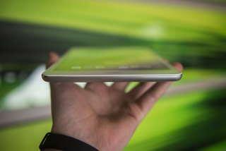 acer iconia a1 830 2014 pictures and hands on image 3