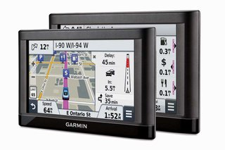 garmin updates satnavs nuvi 2798lmt gets rear camera essential series updates hud offers new app image 3