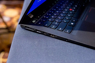 hands on lenovo thinkpad x1 carbon 2014 review image 13