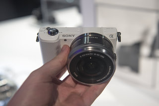 Hands-on: Sony Alpha A5000 is small yet mighty
