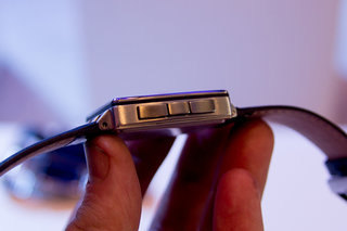 hands on pebble steel review video  image 8